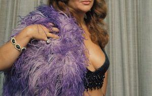 Sara Montiel, la diva con labios de Dior que perdió un millón y un 'babero' de esmeraldas en un avión