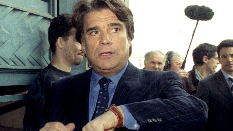 Bernard Tapie, en 1996 en uno de sus múltiples juicios. (Reuters)
