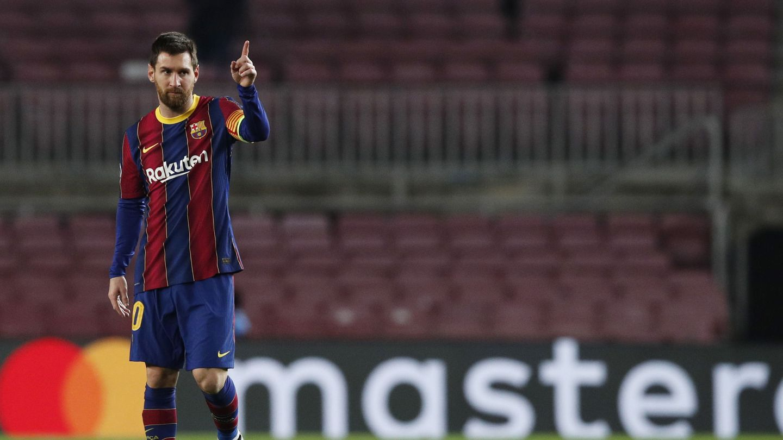 Leo Messi en pleno partido frente al Paris Saint Germain. (Reuters)