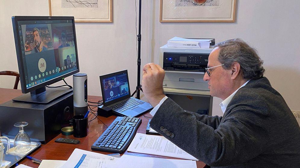 Foto: El presidente de la Generalitat, Quim Torra, este lunes durante la reunión por videoconferencia con las cámaras de Comercio, Industria y Navegación de Cataluña. (EFE)