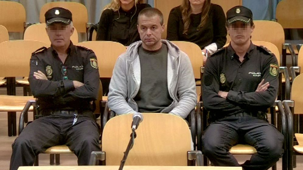 Foto: Antonio Ortiz, el  pederasta de Ciudad Lineal, durante su juicio. (EFE)