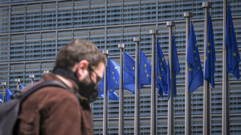 El debate de los 'paraísos fiscales intra-UE' estalla en la cuenta atrás a la gran cumbre
