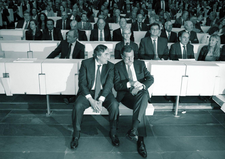 Foto: Rajoy y Rosell, presidente de la CEOE, en el Encuentro empresarial sobre el plan estratégico de internacionalización y mercados prioritarios 2014-2015, junto a empresarios como Esther Koplowitz y Florentino Pérez. (EFE)