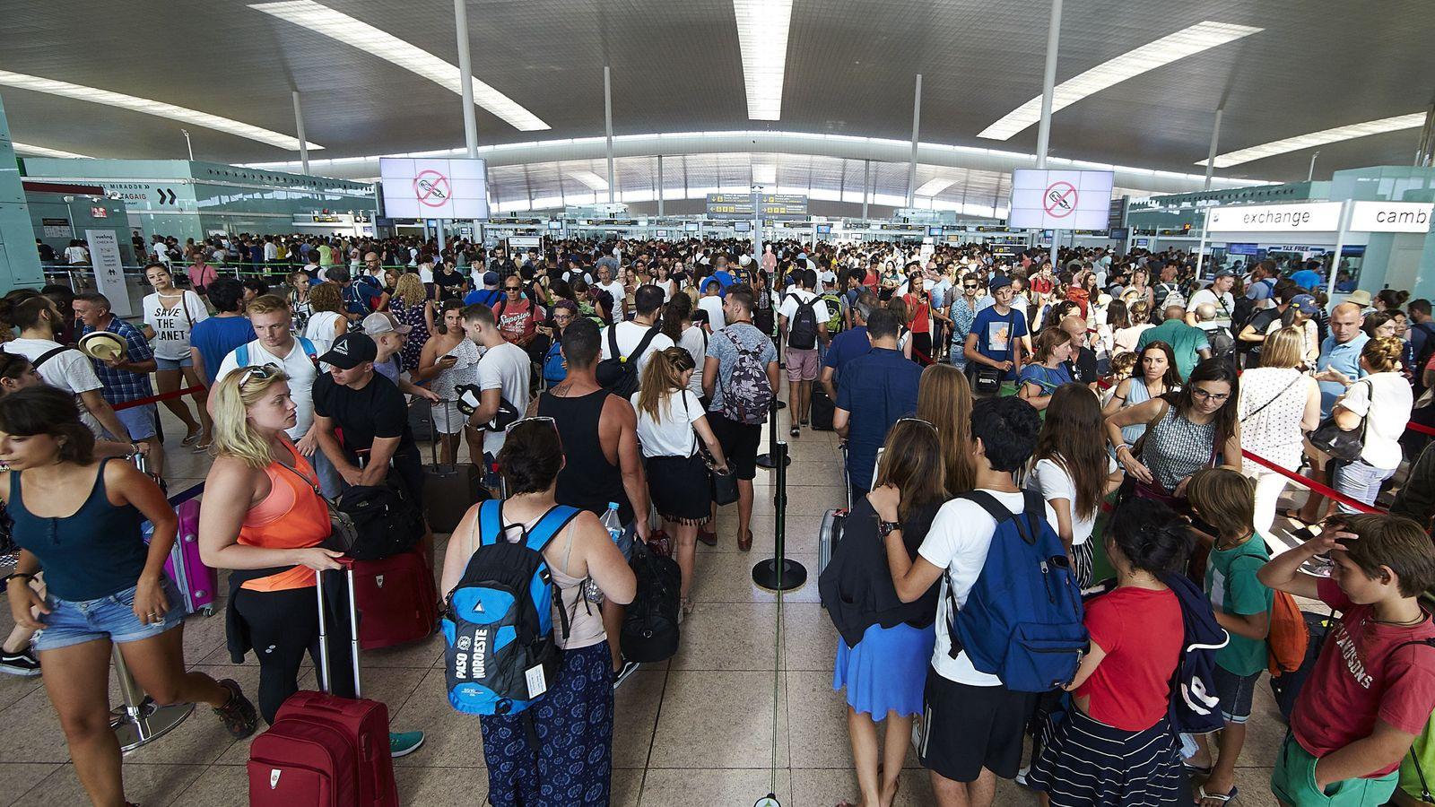 Aeropuertos: Los vigilantes de El Prat animan a sus colegas de otros ...