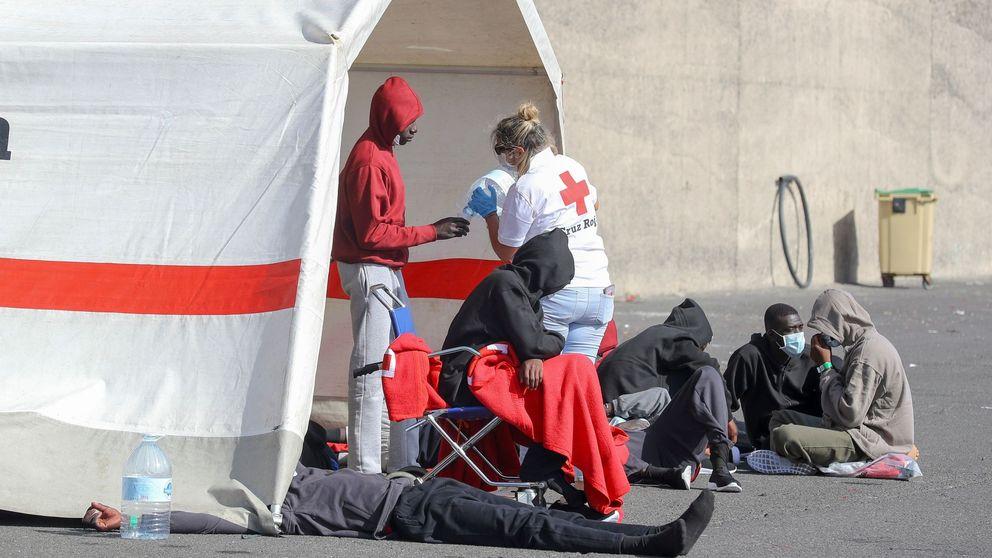 La pandemia crea un atasco de migrantes en Canarias: Estamos un poco al límite