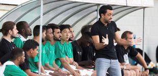 Post de El enfado de Xavi Hernández en su estreno de entrenador: así reacciona por el árbitro