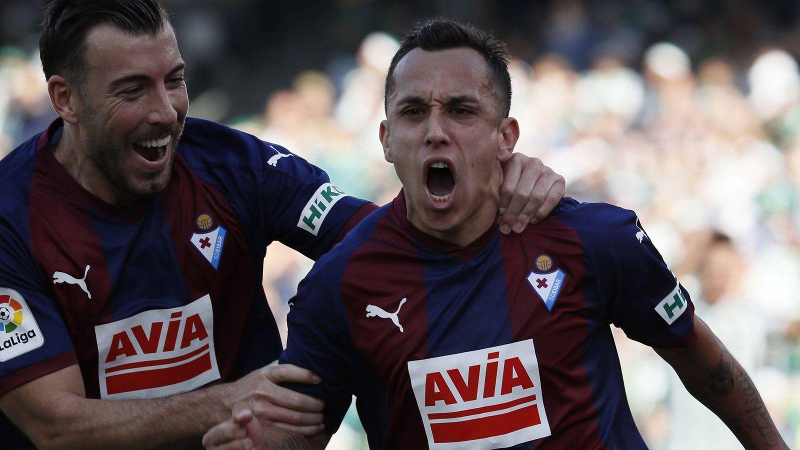 Foto: Jugadores del Eibar celebran un gol. (EFE)
