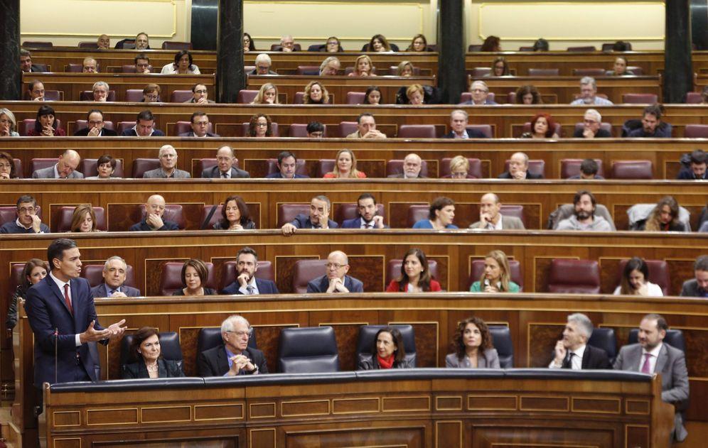 Foto: Pedro Sánchez, este 31 de octubre en la sesión de control en el Congreso. (EFE)