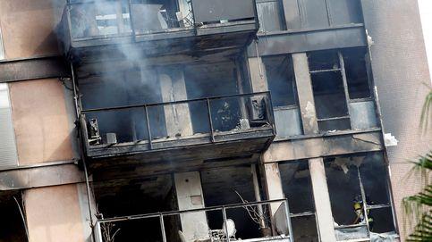 Una persona muerta y un herido grave en el incendio en un bloque de Barcelona