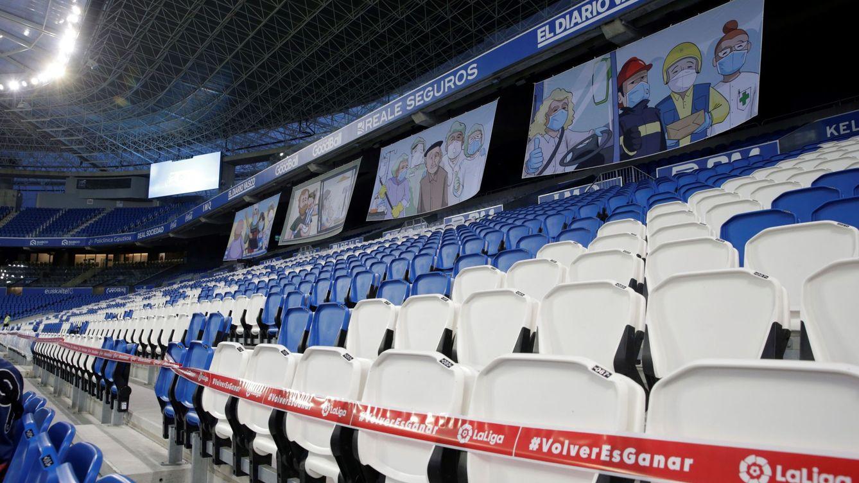 Foto: Gradas vacías del estadio de Anoeta. (EFE)