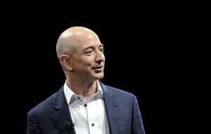 Jeff Bezos, el multimillonario que rescató el Apolo 11 del océano