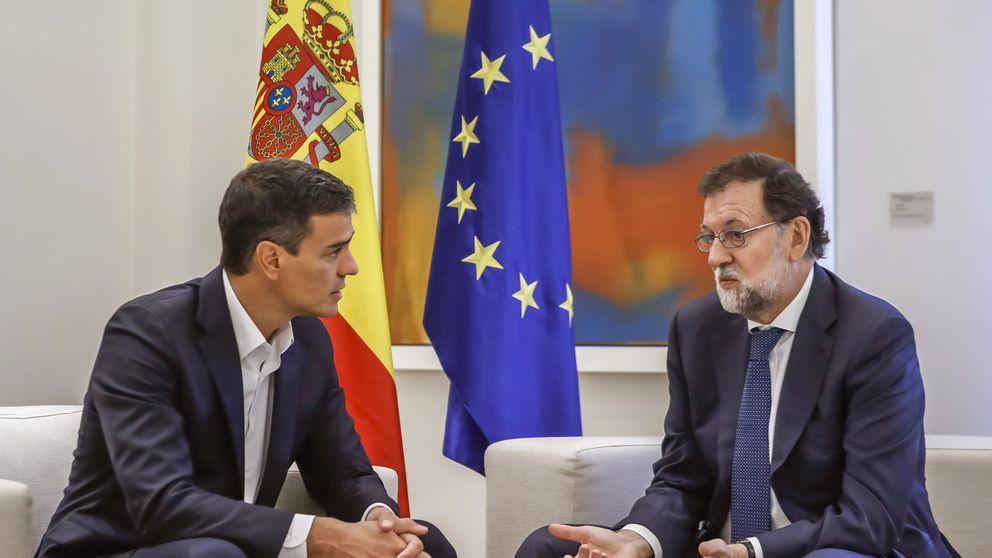 Rajoy analiza con Sánchez y Rivera el desarrollo de la jornada del 1-O