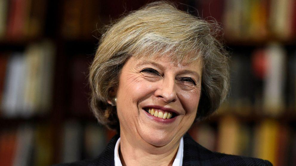 Bye bye, Theresa May: los grandes hits estilísticos de la primera ministra británica