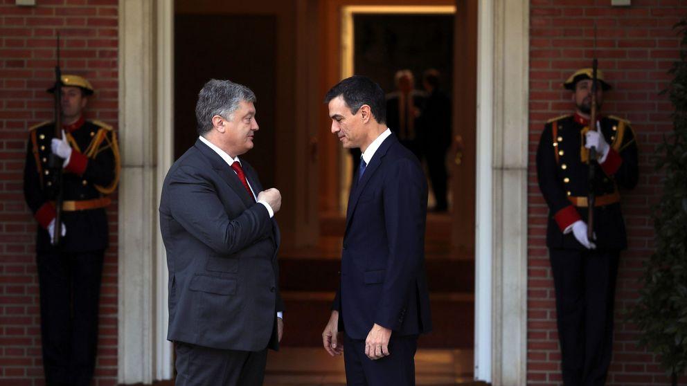 Pedro Sánchez estrena su agenda con una reunión con el presidente de Ucrania