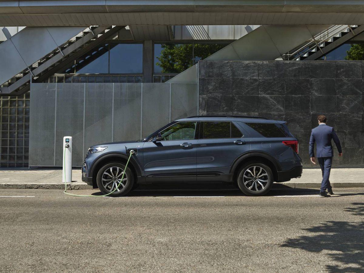 """Foto: El Ford Explorer llega al mercado europeo en un potente variante híbrida enchufable con etiqueta """"0 emisiones"""".."""
