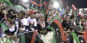 Foto: La sangre del ex dictador Gadafi mancha la primavera democrática árabe