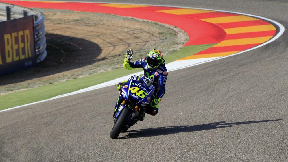 Foto: Rossi saldrá desde la primera línea de la parrilla en Motorland. (EFE)