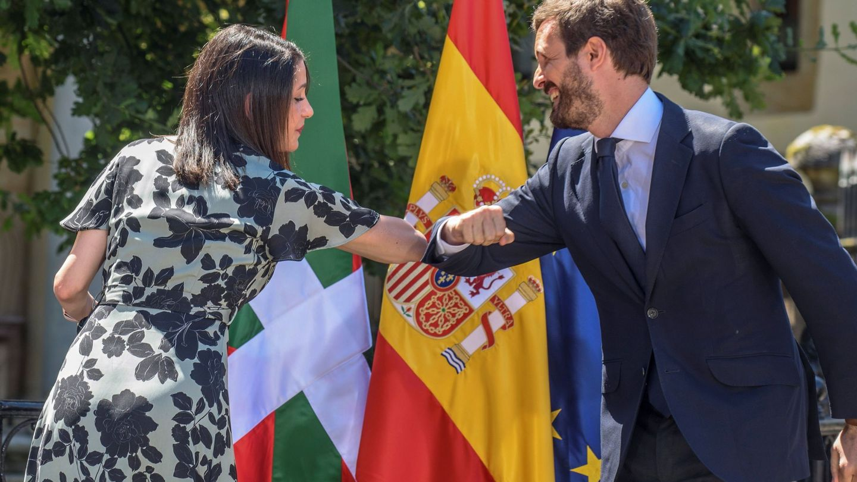 El presidente del PP, Pablo Casado, y la presidenta de Ciudadanos, Inés Arrimadas. (EFE)