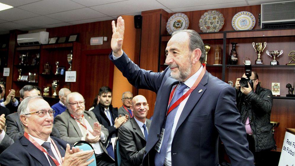 Foto: Paco Díez fue elegido presidente de la Federación de Fútbol de Madrid el pasado diciembre en sustitución de Vicente Temprado, que llevaba 28 años en el cargo. (EFE)