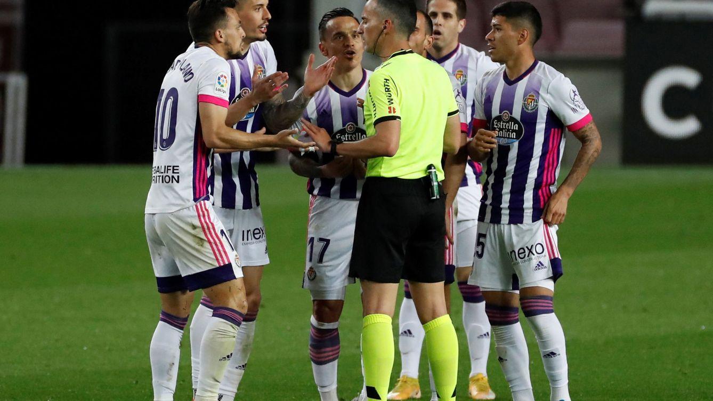 Cuando los alcaldes son forofos del fútbol: de pedir que siga Messi a 'copiar' a Mourinho