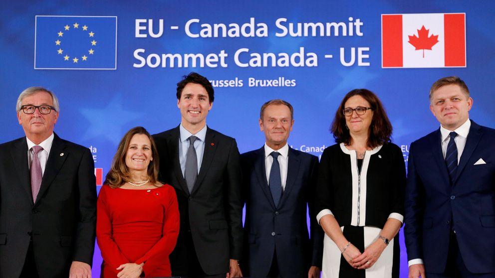 La UE y Canadá firman el acuerdo de libre comercio CETA