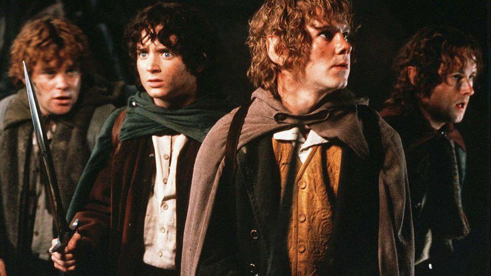 Foto: Una imagen de los hobbits de 'El señor de los anillos' de Peter Jackson. (Aurum)