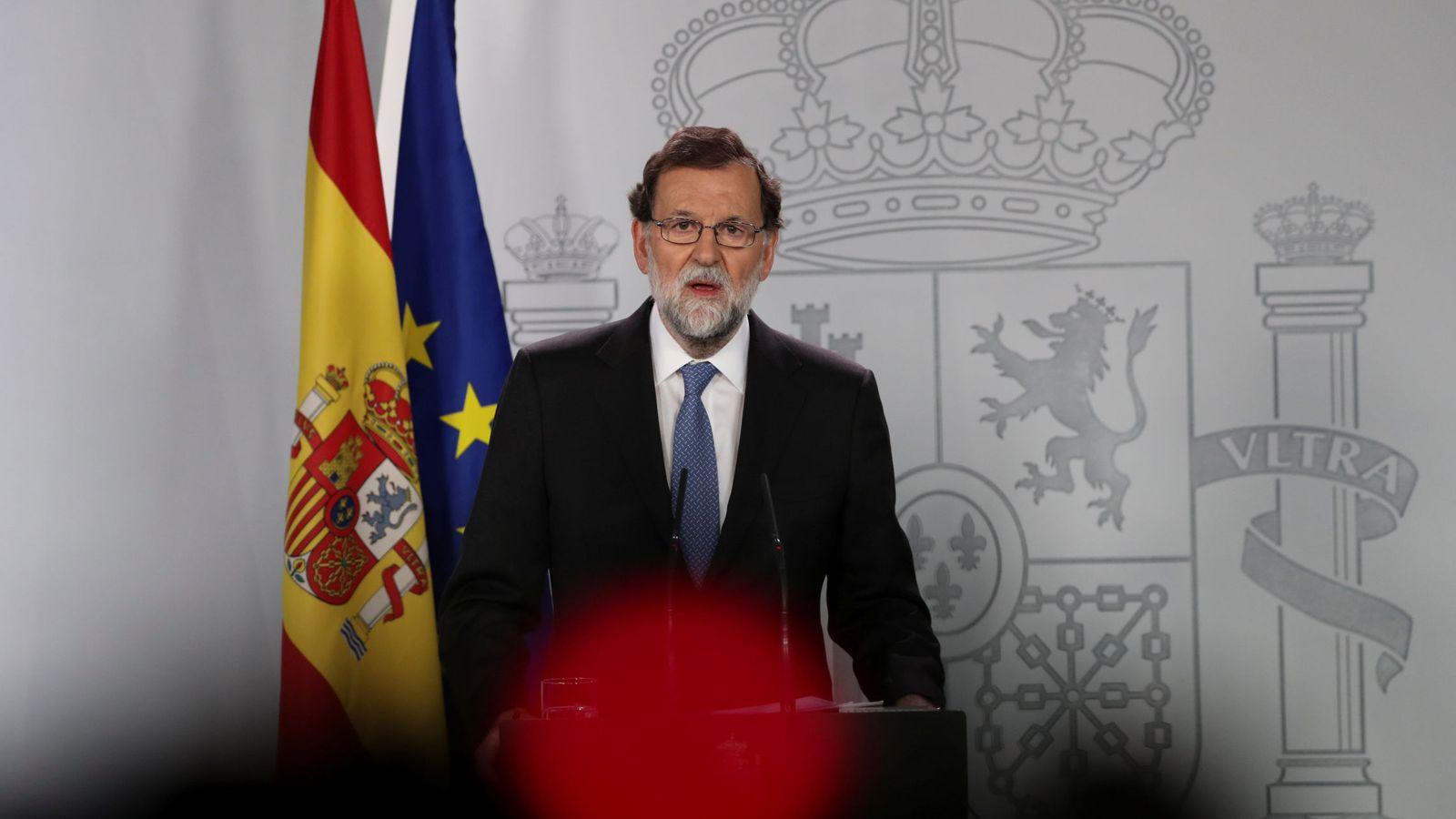 Foto: Comparecencia de Mariano Rajoy el viernes por la noche tras el Consejo de Ministros extraordinario. (Reuters)