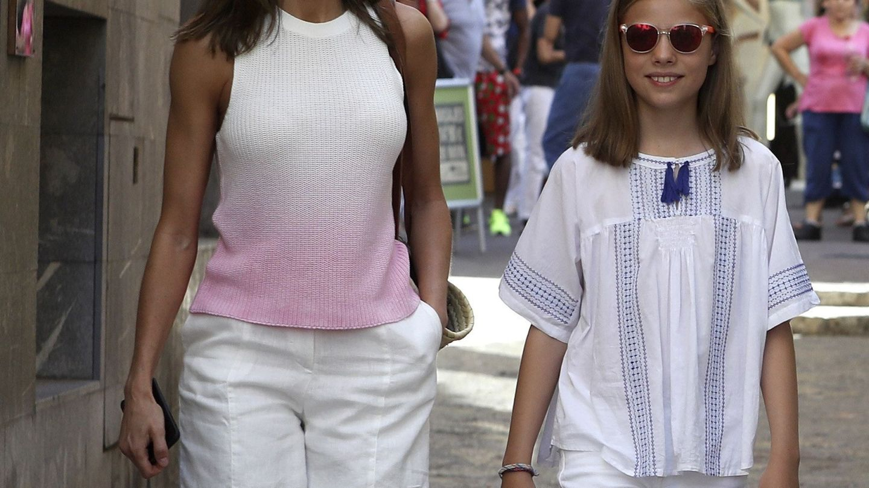 La reina Letizia y la infanta Sofía en una imagen de archivo. (EFE)
