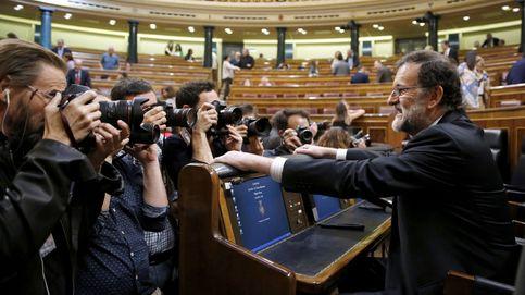 Rajoy pacta con el PNV los PGE a cambio de cobrar menos cupo y pagar más AVE