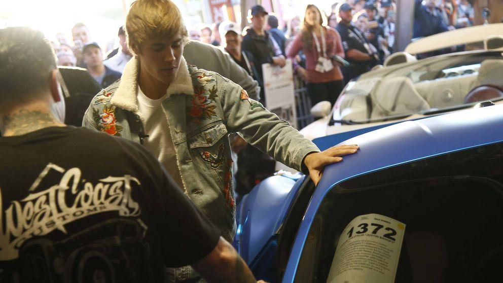 Justin Bieber subasta el Ferrari con el que un amigo atropelló a un paparazzi