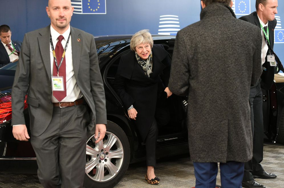 Foto: Theresa May, a su llegada a Bruselas, el 13 de diciembre de 2018. (Reuters)