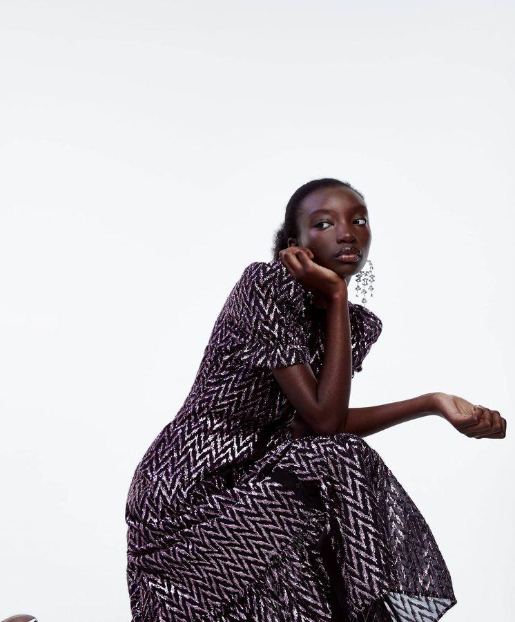 Foto: El vestido de princesa-no-princesa que siempre quisiste (Zara, cortesía)