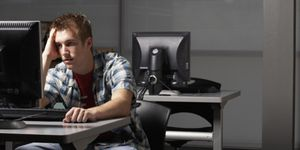 Foto: Más de 10.000 universitarios se quedan sin beca por un confuso programa informático