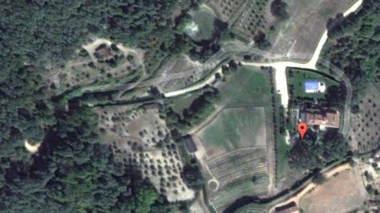 Vista aérea de la finca de Alejandro Sanz en Jarandilla de la Vera. (Google Maps)