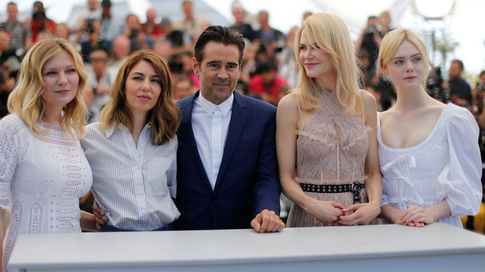 Foto: Colin Farrell rodeado de Kirsten Dunst, Sofia Coppola, Nicole Kidman y Elle Fanning en Cannes | Reuters