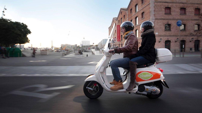 'Pelotazo' en ciernes para especular con miles de licencias de motos de alquiler