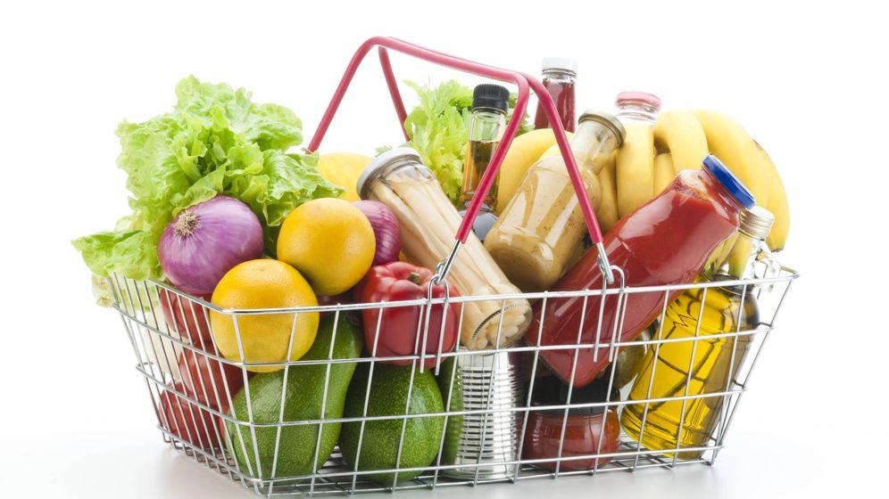 Foto: Unos céntimos pueden marcar una diferencia de decenas en un carrito de la compra. (iStock)