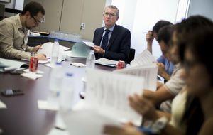 Calabuig pagará 95 millones a CaixaBank en Aguas de Valencia
