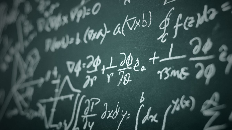 Foto: Disponer de conocimientos matemáticos avanzados a partir de cierta edad es clave si se quiere estudiar una carrera STEM. (iStock)