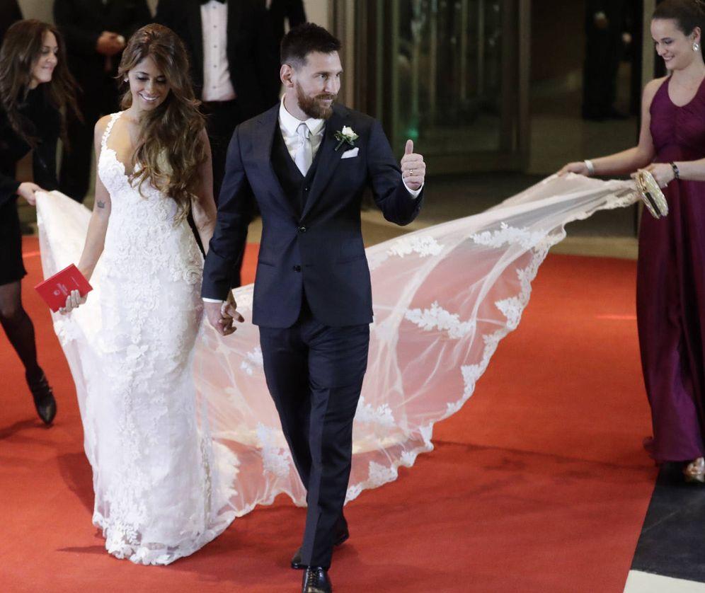 Foto: Leo Messi y Antonella Roccuzzo durante su boda. (Gtres)