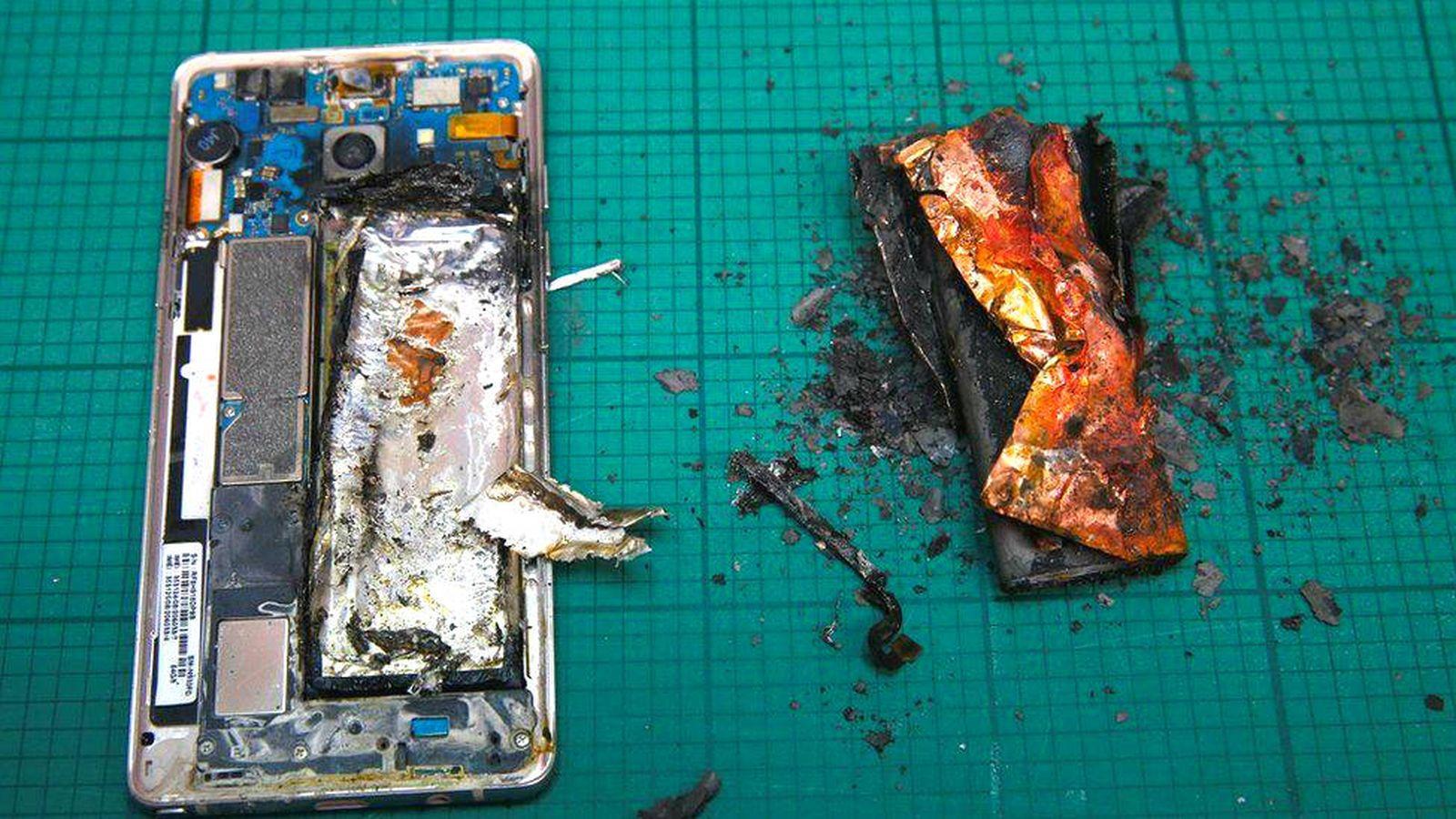 Foto: Un Galaxy Note 7 incendiado durante una prueba en un laboratorio. (Foto: Reuters)