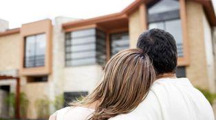 Compré casa de soltero. Me casé y quiero poner la mitad a nombre de mi mujer