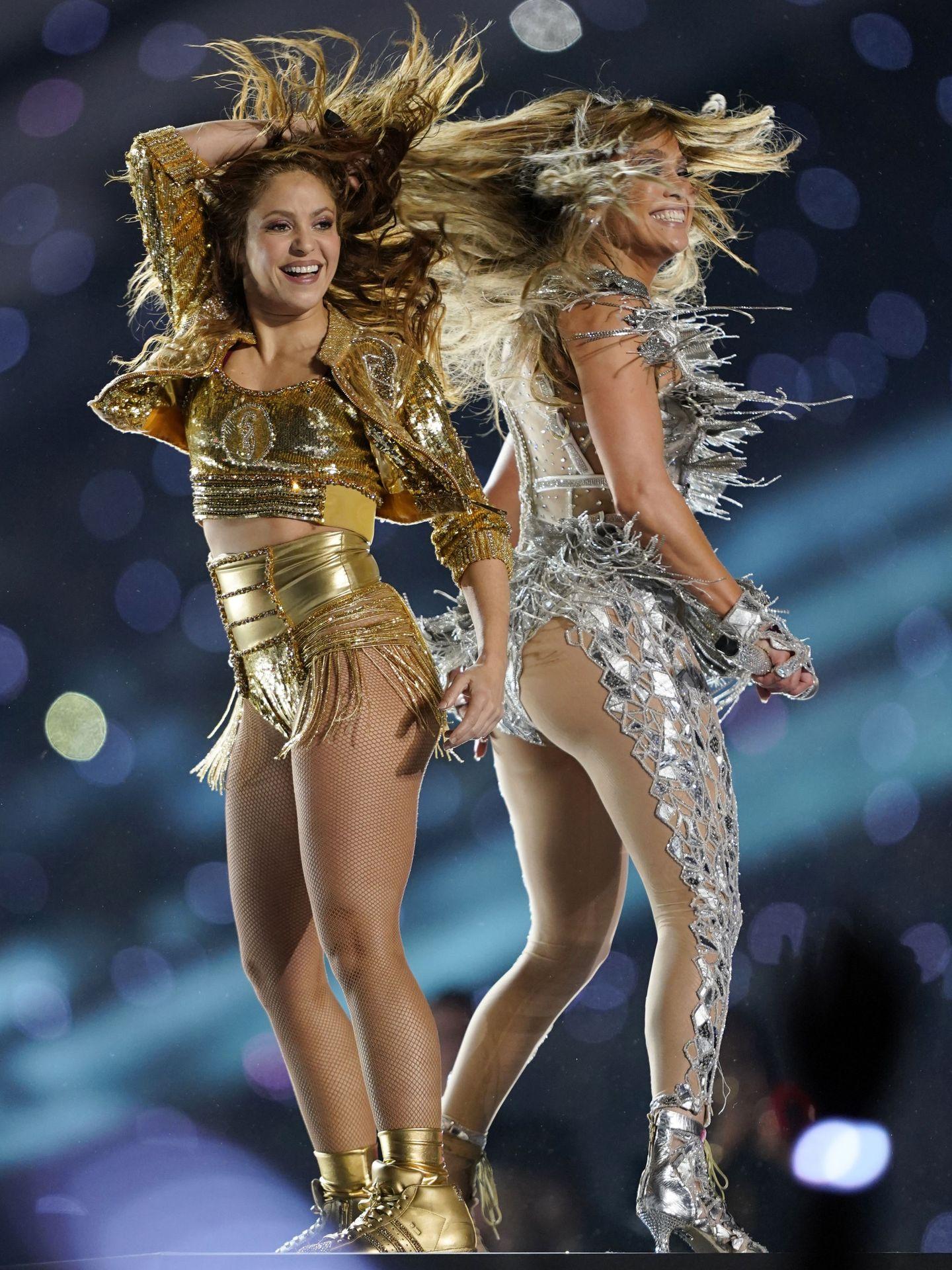 Shakira y JLo. (Reuters)