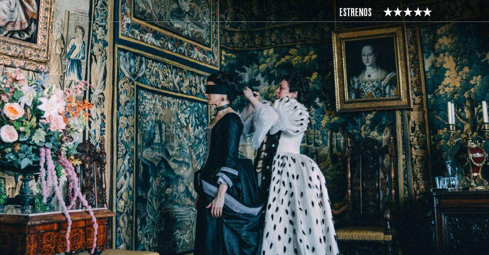 Foto: Rachel Weisz y Olivia Colman, en un momento de 'La favorita', de Yorgos Lanthimos. (Fox)