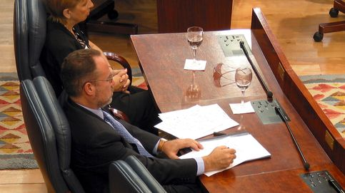 Tamayo y Sáez reaparecen en plena formación del Gobierno de Madrid