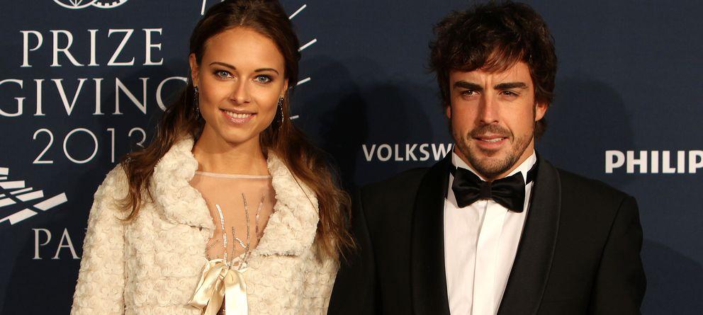 Foto: Fernando Alonso y Dasha Kapustina en diciembre de 2013 (Gtres)