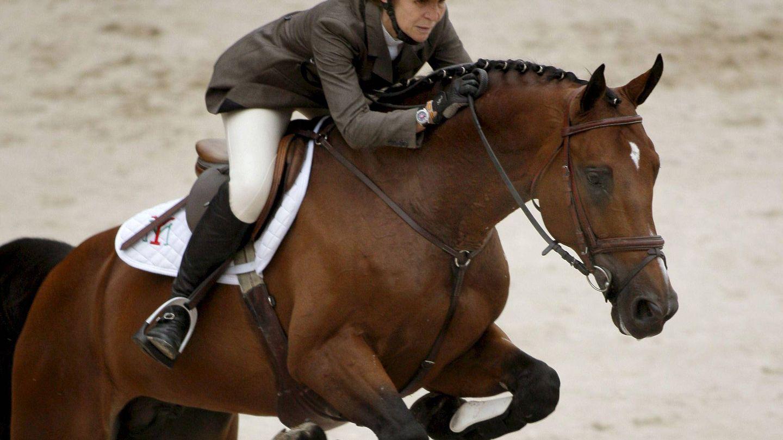 La infanta Elena y su caballo Zenit de Ibio. (EFE)