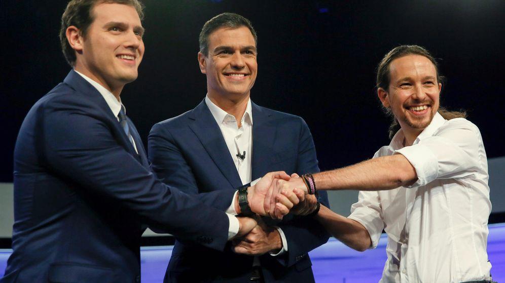 Foto:  Los candidatos a la Presidencia del Gobierno de Ciudadanos, Albert Rivera (i); PSOE, Pedro Sánchez (c); y Podemos, Pablo Iglesias (d). (Efe)