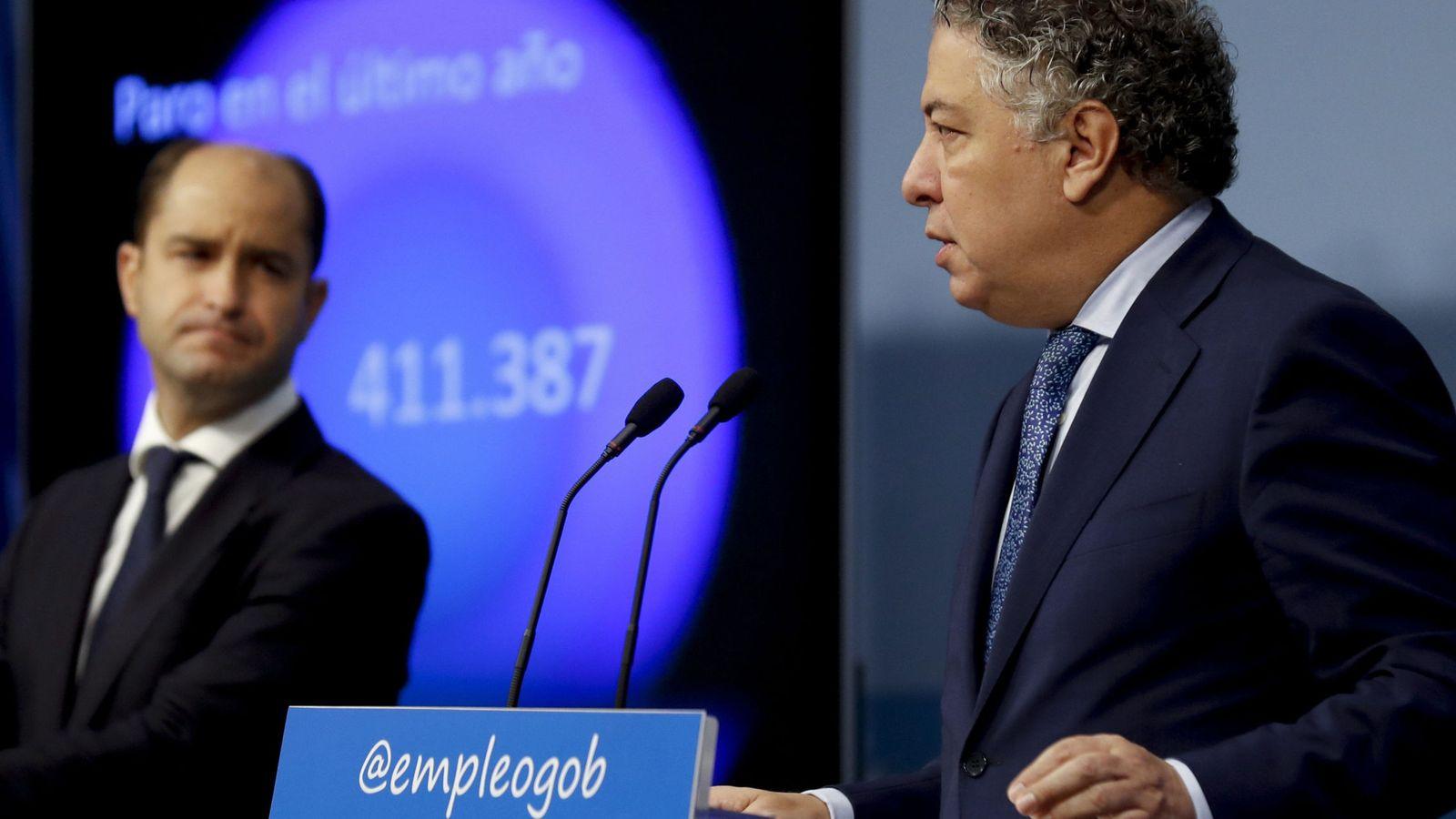 Foto: El secretario de Estado de Empleo, Juan Pablo Riesgo (i), y de la Seguridad Social, Tomás Burgos. (EFE)