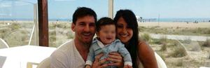 Leo Messi presenta a su hijo Thiago en las redes sociales